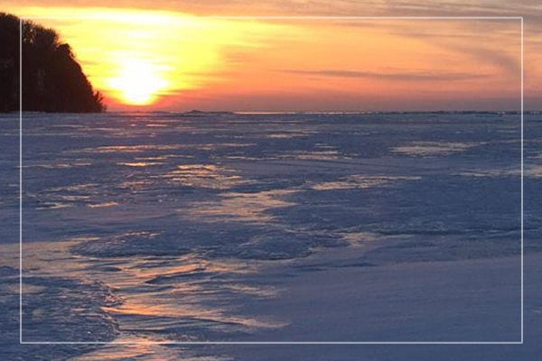 ice fishing sunset sturgeon bay
